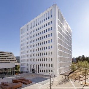 239-investissement-locatif-résidence-services-appart-city-velizy-diapo1